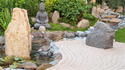 japanese rock garden designs 20 zen japanese gardens to soothe and relax the mind garden lovers club