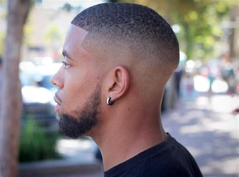 Shape Up Haircut For Man