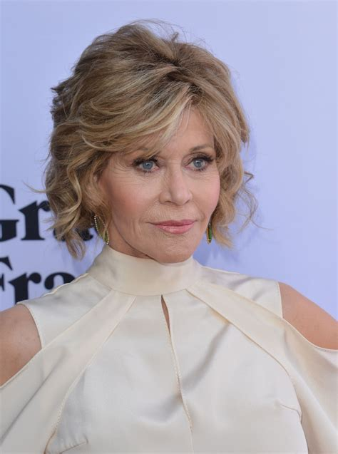 jane fonda gorgeous short hairstyles  women
