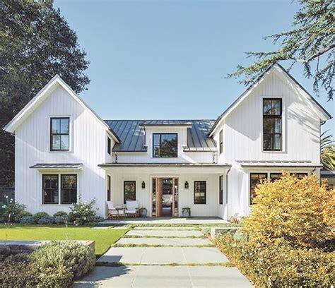 farmhouse style homes contemporary prairie style home beautiful modern farmhouse exterior design 44 homedecort