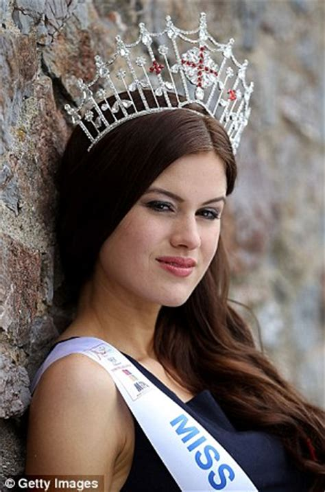 Cambridge Medical Student Carina Tyrrell Crowned Miss