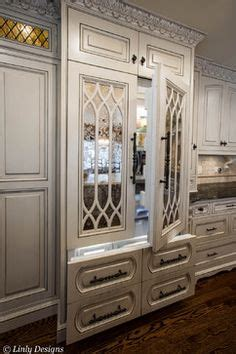 mirrored kitchen cabinet doors 1000 images about mirrored kitchen cabinet doors on 7535