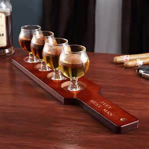 how to engrave a cutting board union personalized whiskey tasting set