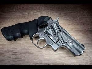 Ruger Super Redhawk Alaskan .44 Magnum - YouTube