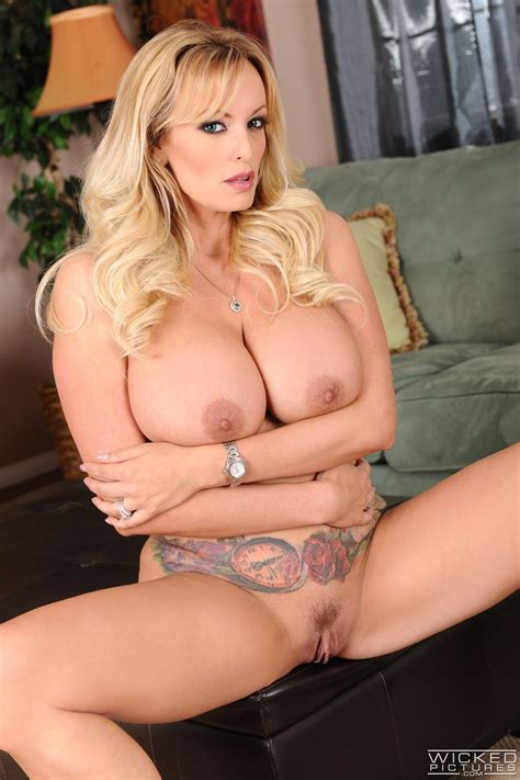 Horny Blonde Is Getting Fucked Very Hard Photos Stormy Daniels Milf Fox