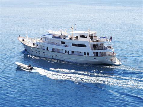 Adriatic Cruises Small Ships | Fitbudha.com