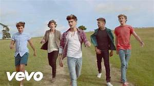 One Direction - Live While We're Young - YouTube
