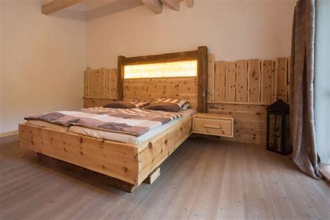 Schlafzimmer Zirbenholz 1911  Schreinerei Ignaz Paringer