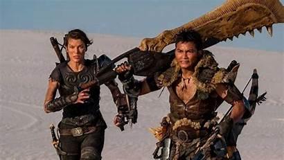 Monster Hunter Jovovich Milla Dual Wielding Blades
