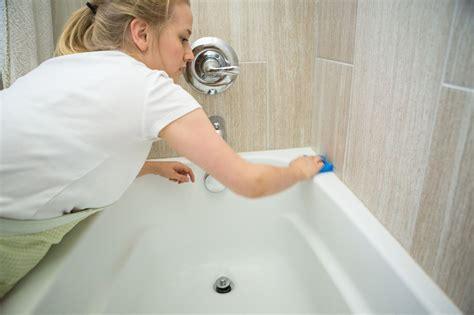 clean  reglazed  refinished bathtub