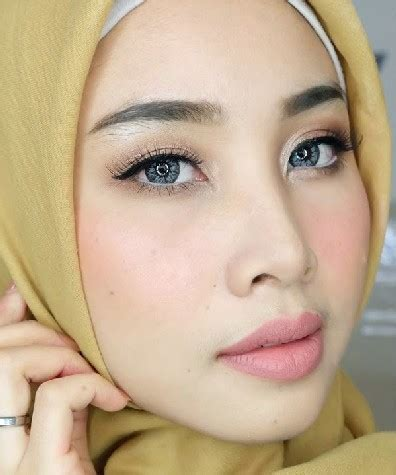 Cara Make Up Natural Ala Korea Untuk Wajah Bulat Saubhaya Makeup