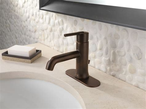 delta faucet jackson tn address faucet 559lf ssmpu in brilliance stainless by delta