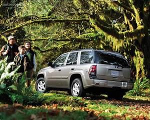 Chevrolet Trailblazer Specs  U0026 Photos