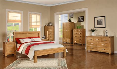 attain  beautiful  simplistic bedroom