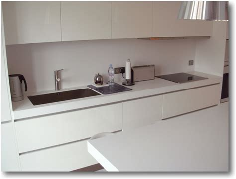 plan de travail cuisine corian cuisine corian salle de bain corian crea diffusion