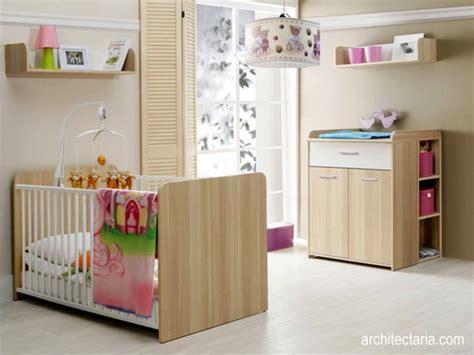 menata  mendekorasi interior ruangan  bayi pt architectaria media cipta