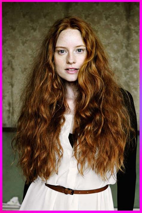 Beautifull Hairstyles for Round Face with Long Length