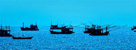 overfishing  oceans   environmental