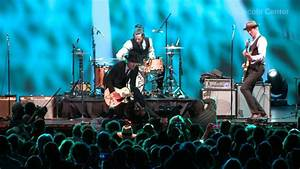 Vintage Trouble: Total Strangers - YouTube
