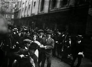 Suffragettes vs. Police: Historical Photos of Women's ...