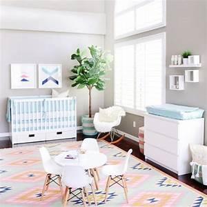 chambre bebe fille With affiche chambre bébé avec tapis lotus