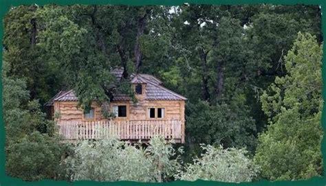 chambre d hote a bergerac chambre d 39 hôtes dans une cabane dans un arbre à château