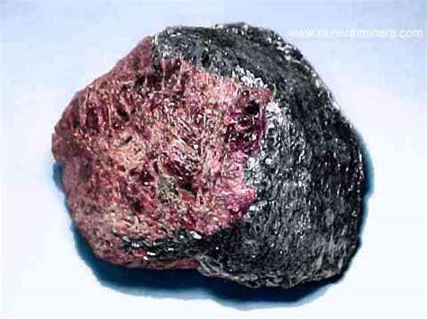 almandine garnet crystals garnet in matrix mineral