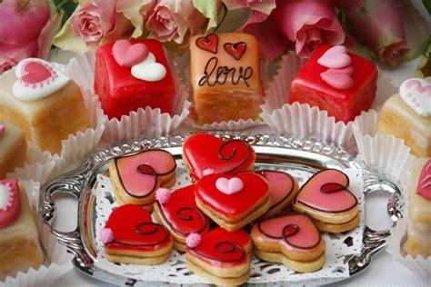 mini kuchen fingerfood ideen zum sektempfang süß oder herzhaft