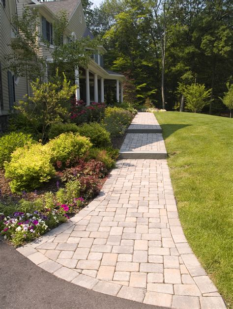 pictures of front walkways front yard landscape and front walk design front lawn landscape design pinterest front