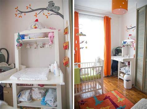 coin bébé chambre parents chambre de bébé blanche orange et verte coin change