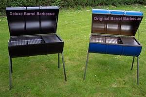 Fabriquer Un Barbecue Avec Un Bidon : il barbecue originale del barilotto o esso bbq del barilotto o persino barbecue del barilotto ~ Dallasstarsshop.com Idées de Décoration