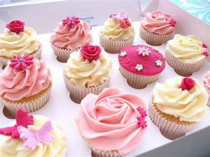 Pink & Pretty Cupcakes | Flickr - Photo Sharing!