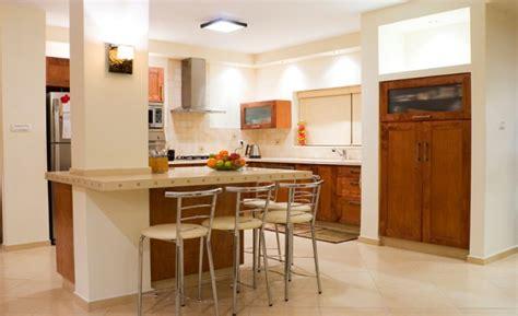 ideas  colocar una barra en tu cocina imujer
