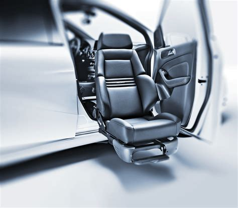 sieges recaro swivel seat improves car safety for with