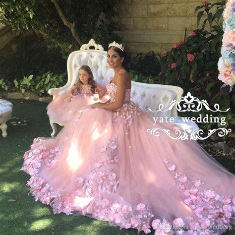 sweet blush pink wedding dresses sweetheart flowers