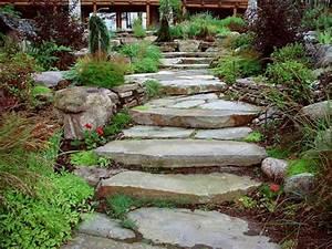 amenagement paysager des idees et des conseils utiles With amenagement jardin avec pierres 16 fleurir un escalier