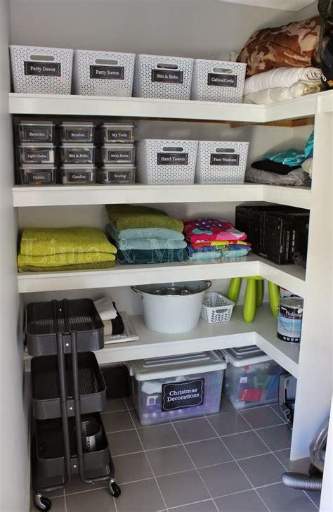 Linen Cupboard Organisation by 17 Best Ideas About Linen Storage On Linen
