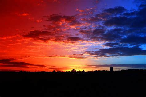 Fileredblue Sunsetjpg  Wikimedia Commons
