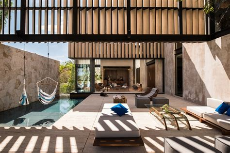 Modern Work Of Mexican Architecture : Modern Mexican House Evoking The Specificity Of The