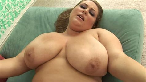 Pawg White Slut Hillary Hooterz Gets Nailed Brutally In A