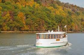 Classic Boat Cruise Nyc by Nyc Sightseeing Cruise Boat Tours Of Ny Harbor Classic
