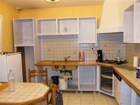 changer les portes de sa cuisine rénover une cuisine comment repeindre une cuisine en