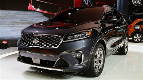 2019 Kia Sorento Front High Resolution Image  New Car