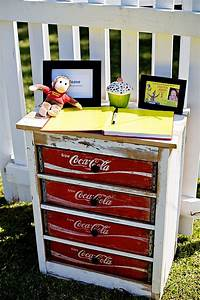 Coca Cola Möbel : curious george 1st birthday party upcycling m bel diy m bel m bel und upcycling m bel ~ Indierocktalk.com Haus und Dekorationen