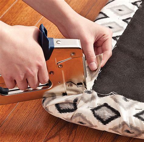 tissus pour recouvrir chaise de cuisine table de lit