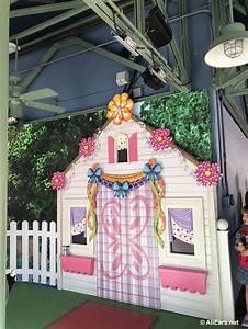Fancy Nancy Arrives in Disney's Hollywood Studios for Meet and Greets - AllEars.Net  Fancy