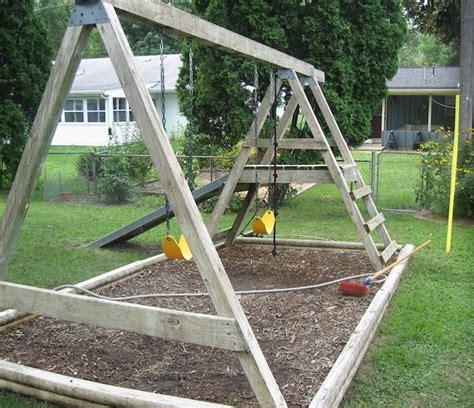 schaukelgestell holz selber bauen kinderschaukel selber bauen anleitung wohn design