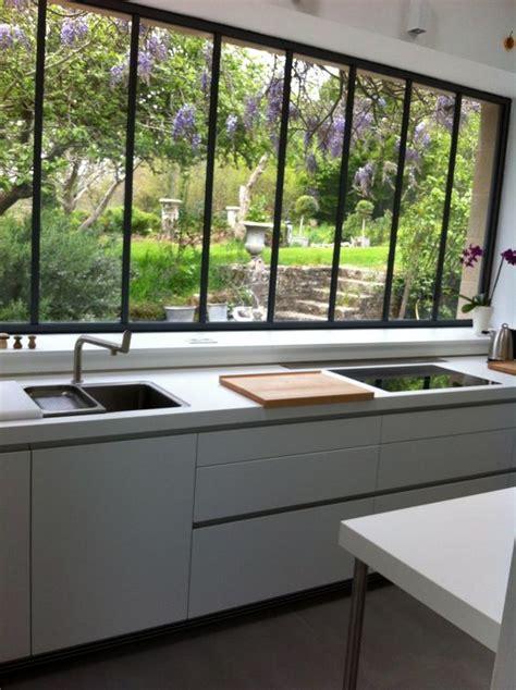 hauteur fenetre cuisine verrières la tendance pour une décoration style atelier