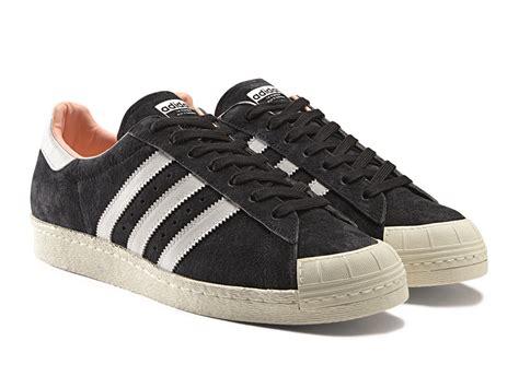Adidas News Stream  Halfshell 80s