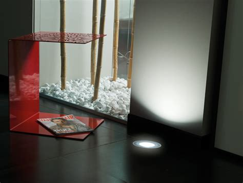 le de balisage led pour sol stile next zero power 120t by lombardo design daniele fenaroli
